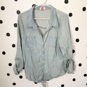 🌈5/$25🌈lei jean front tie shirt size XL